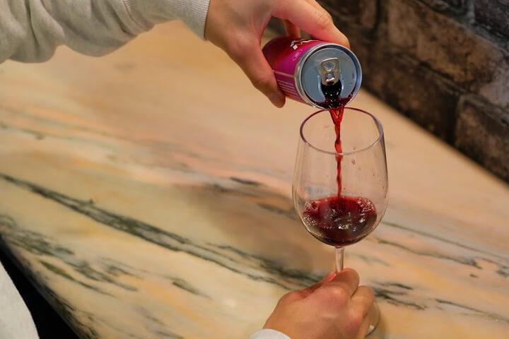 イライラ・ストレスを解消して楽しく飲める缶ワイン